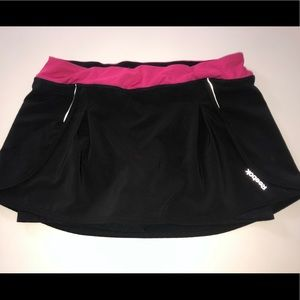 Reebok black pink Tennis skirt skort l shorts